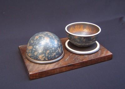 2 Tea Bowls